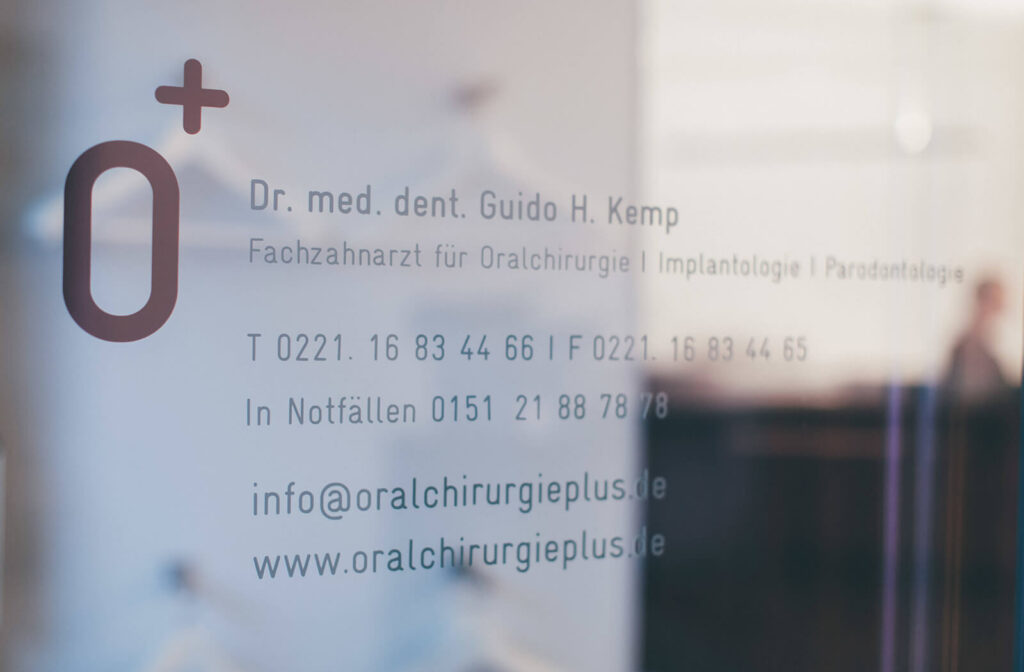 Facharzt Parodontologie